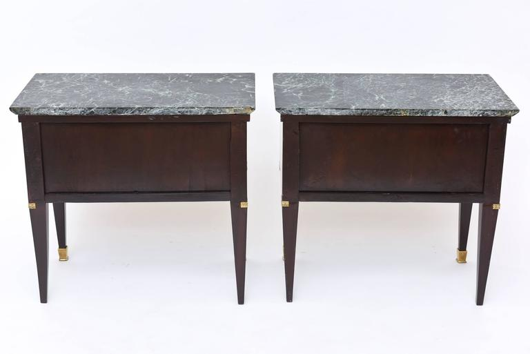 Pair of Italian Modern Rosewood and Walnut Inlaid Nightstands, Paolo Buffa 10