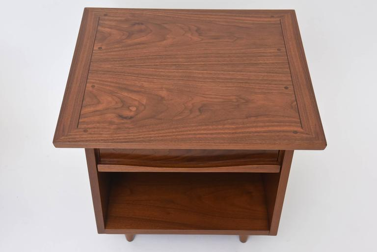 Pair of American Modern Walnut Night Tables, George Nakashima For Sale 4