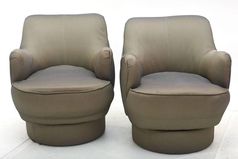 Early and Rare American Modern Pair of Barrel Swivel Chairs, Vladimir Kagan For Sale 4
