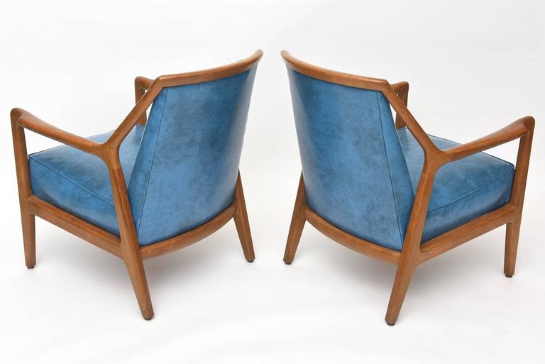 Pair of Italian Modern Walnut Armchairs, Carlo di Carli For Sale 2