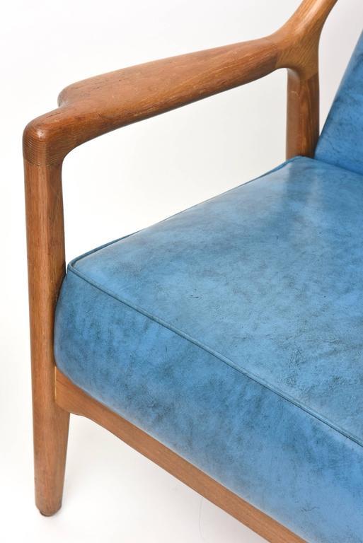Pair of Italian Modern Walnut Armchairs, Carlo di Carli For Sale 3