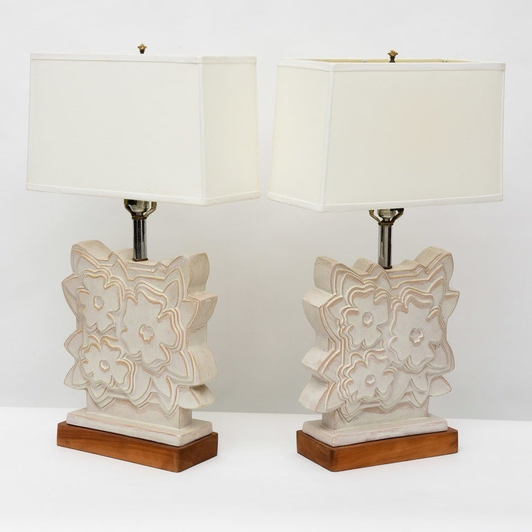 Mid-Century Modern Pair of Italian Modern Ceramic Lamps, Raymor For Sale