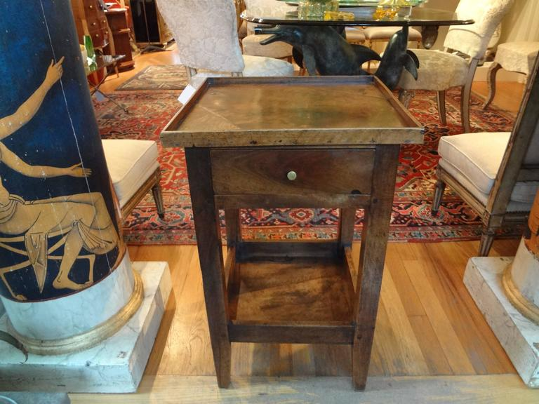 19th century french louis philippe walnut table for sale for Table 6 pieds louis philippe