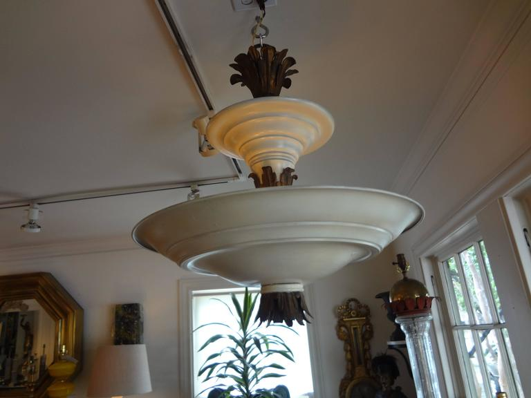 French Art Deco Tole and Bronze Chandelier, circa 1925 For Sale 1