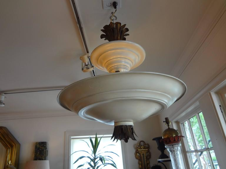 French Art Deco Tole and Bronze Chandelier, circa 1925 For Sale 2