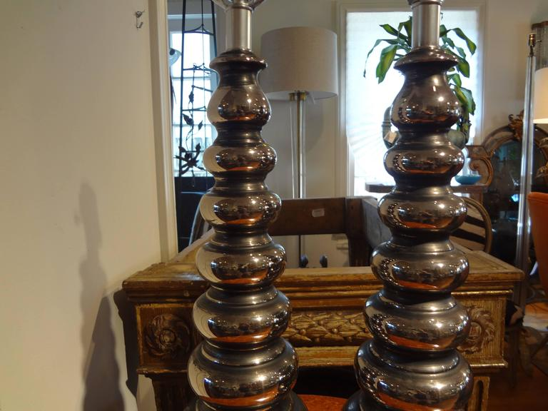 Unknown Pair of Mid-Century Modern Stacked Ball Lamps Inspired By James Mont For Sale