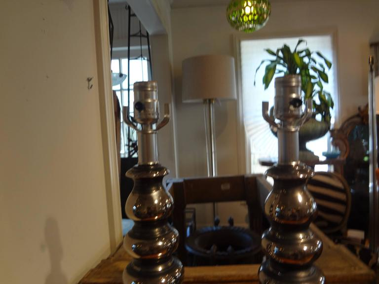 Pair of Mid-Century Modern Stacked Ball Lamps Inspired By James Mont In Good Condition For Sale In Houston, TX