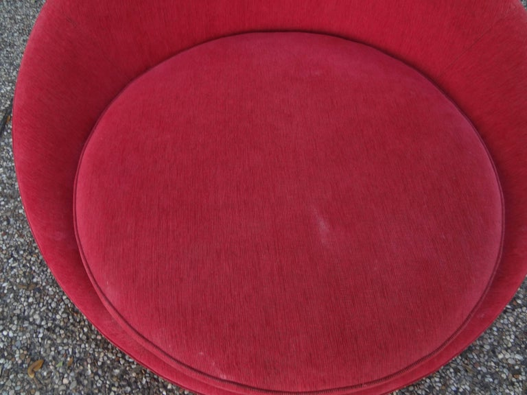 Mid-Century Modern Large Milo Baughman Mid Century Modern Round Chaise or Satellite Chair For Sale