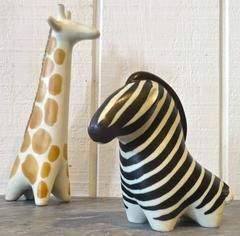 Modernist Pair of 1960s Arabia Art Pottery Animal Sculptures