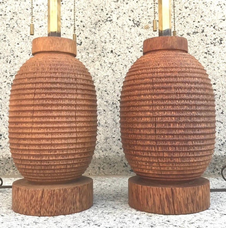 American Fabulous Sculptural Pair of 1980s Angelo Donghia Turned Wood Table Lamps For Sale