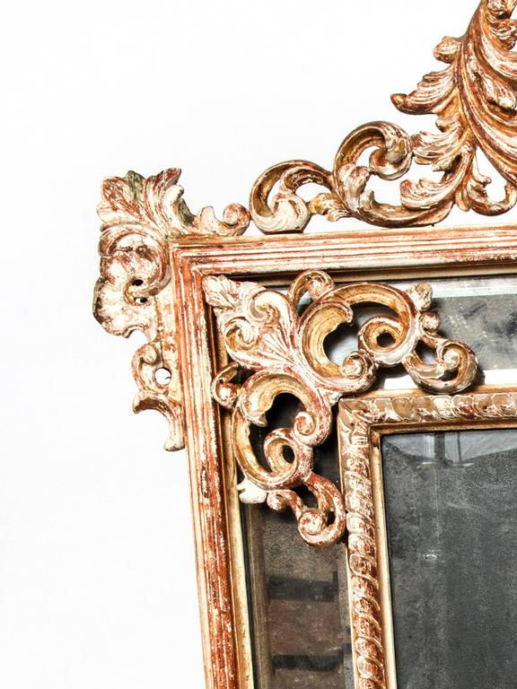 Large Carved Wood Mirror In Good Condition For Sale In Washington, DC