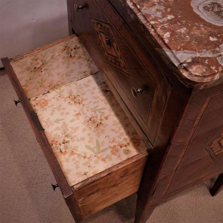 Assembled Pair of Italian Neoclassical Marble-Top Small Commodes, circa 1810 For Sale 6