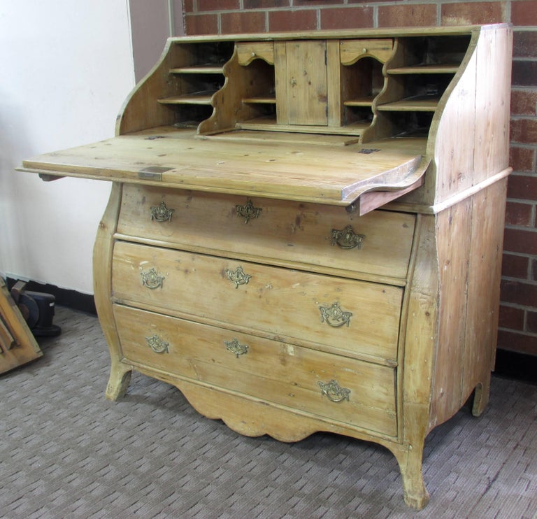 Dutch Pine Bombay Desk 4