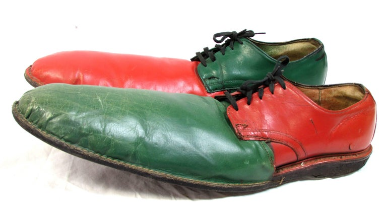 Vintage Orange and Green Clown Shoes In Good Condition For Sale In High Point, NC