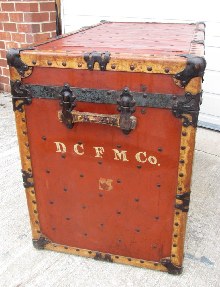 Circus Trunk In Distressed Condition For Sale In High Point, NC