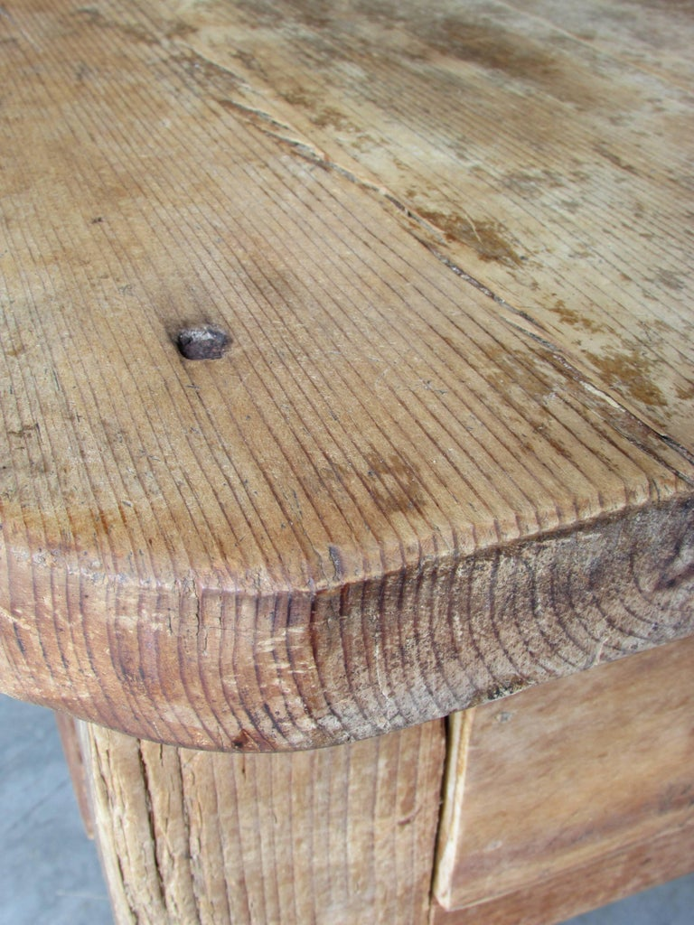Worn and Weathered Rustic Pine Coffee Table For Sale 2