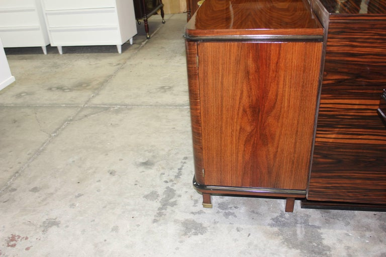 Classic French Art Deco Palisander, Jules Leleu Sideboard or Buffet, circa 1940s For Sale 3