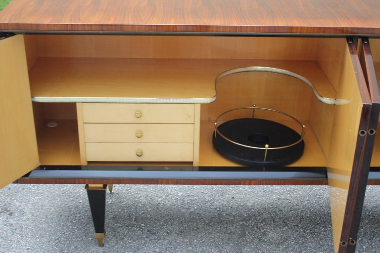 French Art Deco Exotic Macassar Bony Sideboard or Buffet, circa 1940s For Sale 1