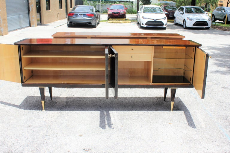 Long French Art Deco Macassar Ebony Sideboard or Buffet, circa 1940s For Sale 3