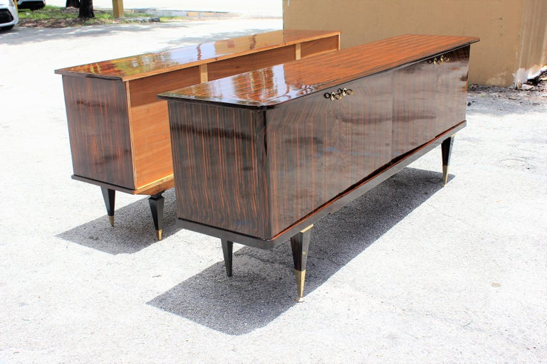 Long French Art Deco Macassar Ebony Sideboard or Buffet, circa 1940s For Sale 7