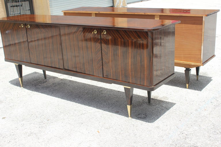 Long French Art Deco Macassar Ebony Sideboard or Buffet, circa 1940s For Sale 9