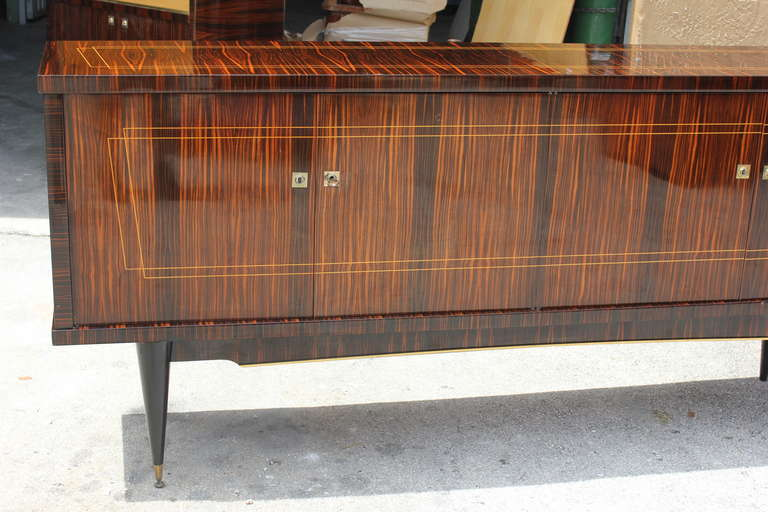 Mid-20th Century Long French Art Deco Macassar Ebony Sideboard or Buffet, circa 1940s For Sale