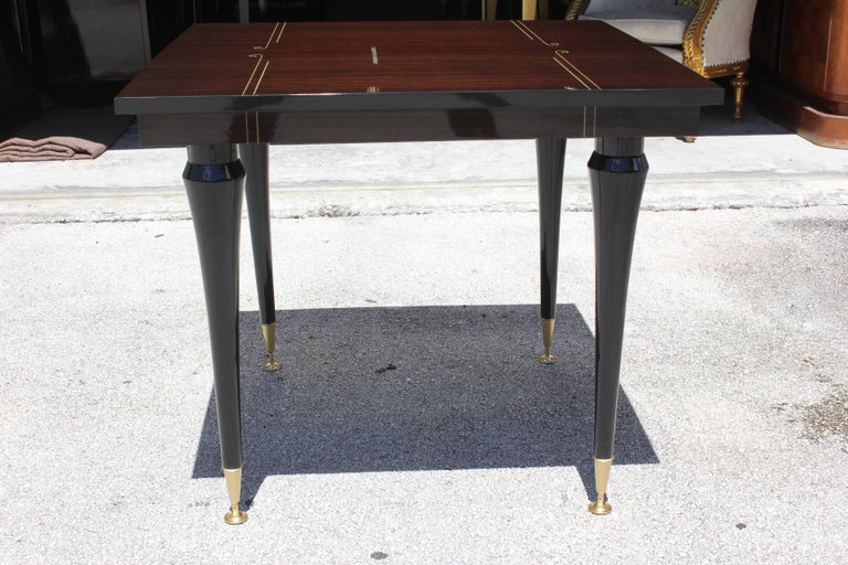 French Art Deco Exotic Macassar Ebony Square Centre or Foyer Table, circa 1940s For Sale 6