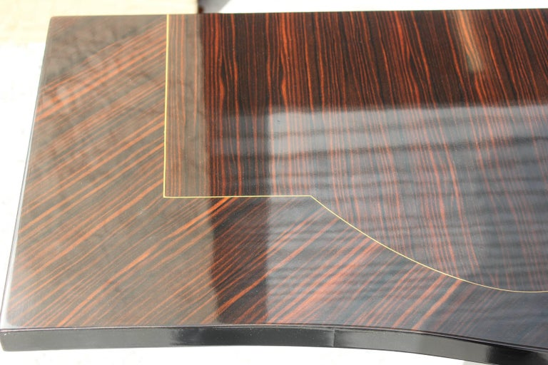 Beautiful Pair of French Art Deco Exotic Macassar Ebony Console Tables For Sale 4