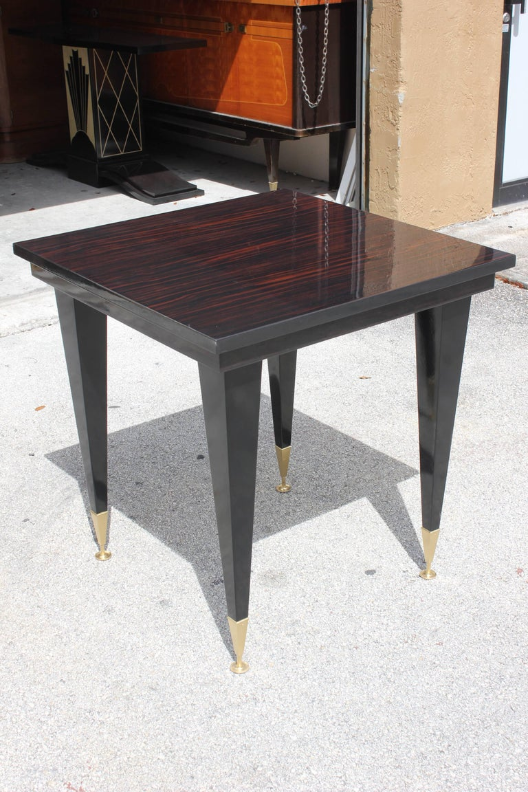 French Art Deco Exotic Macassar Ebony Game Table or Center Table, circa 1940s In Excellent Condition For Sale In Hialeah, FL