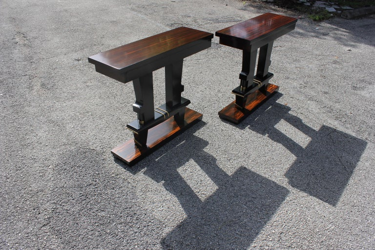 Pair of French Art Deco Exotic Macassar Ebony Console Tables, circa 1940s For Sale 5