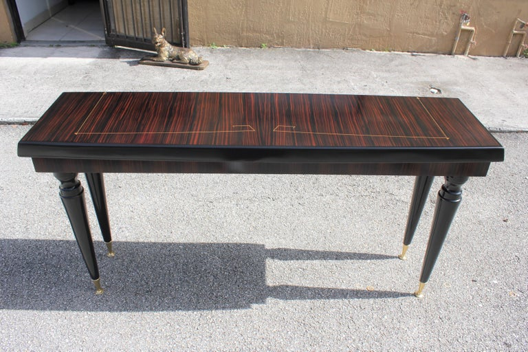 Unique French Art Deco Exotic Macassar Ebony Console Table, circa 1940s For Sale 4