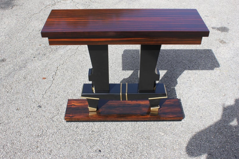 Classic French Art Deco Exotic Macassar Ebony Console Tables, circa 1940s In Excellent Condition For Sale In Hialeah, FL