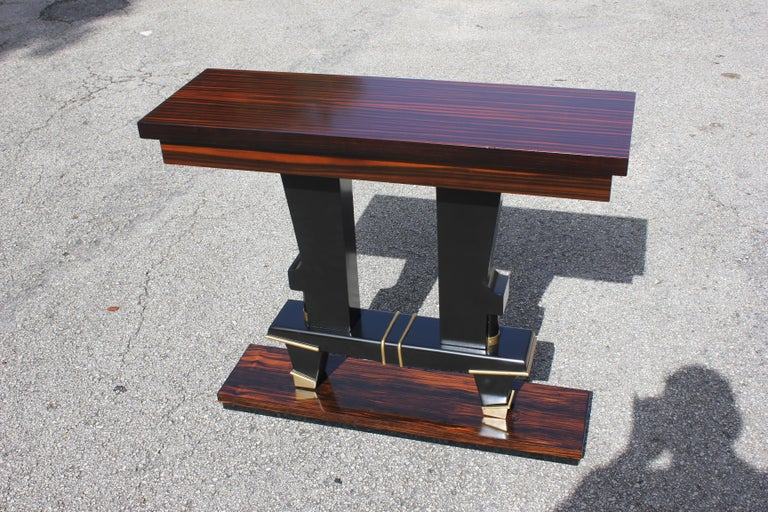 Classic French Art Deco Exotic Macassar Ebony Console Tables, circa 1940s For Sale 5