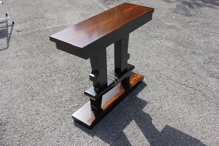 Classic French Art Deco Exotic Macassar Ebony Console Tables, circa 1940s For Sale 7