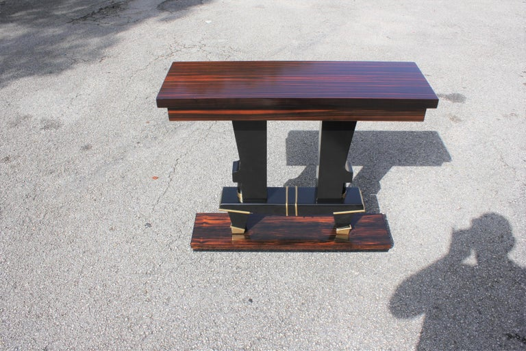 Classic French Art Deco Exotic Macassar Ebony Console Tables, circa 1940s For Sale 11