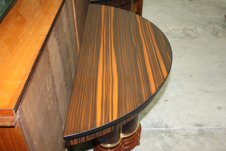 Pair of French Art Deco Exotic Macassar Ebony Console Tables, circa 1940s In Excellent Condition For Sale In Hialeah, FL
