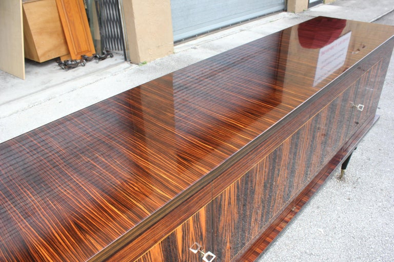 French Art Deco Exotic Macassar Ebony Sideboard or Buffet, circa 1940s For Sale 1