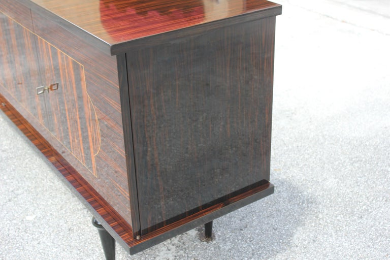 French Art Deco Exotic Macassar Ebony Sideboard or Buffet, circa 1940s For Sale 9
