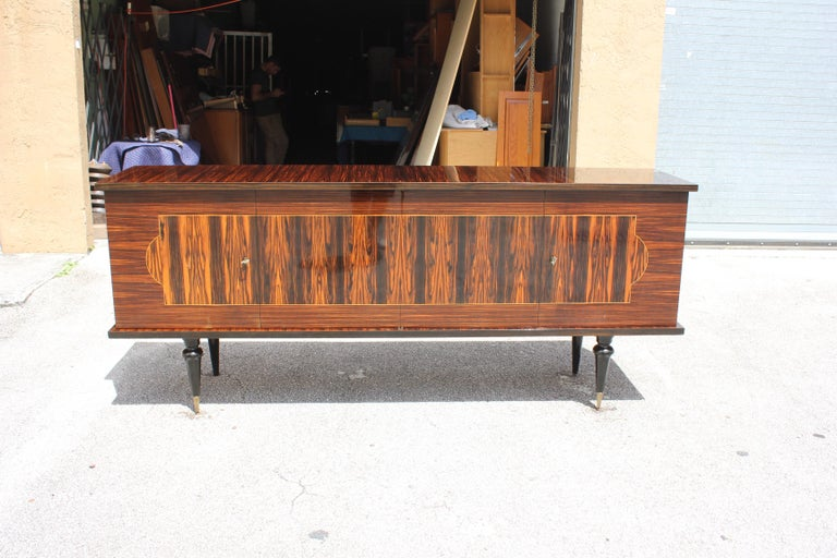 French Art Deco Exotic Macassar Ebony Sideboard or Buffet, circa 1940s For Sale 11