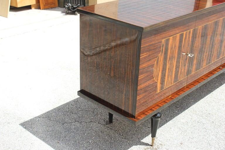 French Art Deco Exotic Macassar Ebony Sideboard or Buffet, circa 1940s For Sale 14