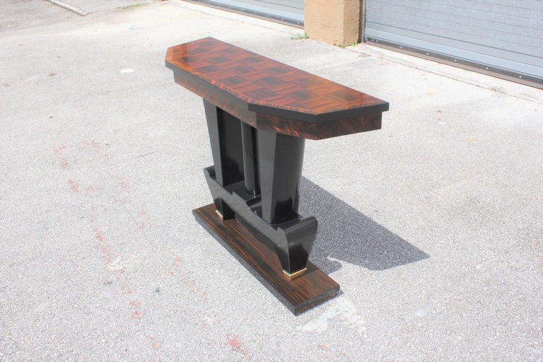 Classic French Art Deco Exotic Macassar Ebony Console Tables, circa 1940s For Sale 4