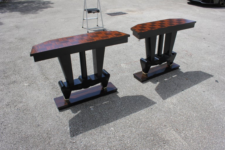 Spectacular Pair of French Art Deco Macassar Ebony Console Tables, circa 1940s In Excellent Condition For Sale In Hialeah, FL