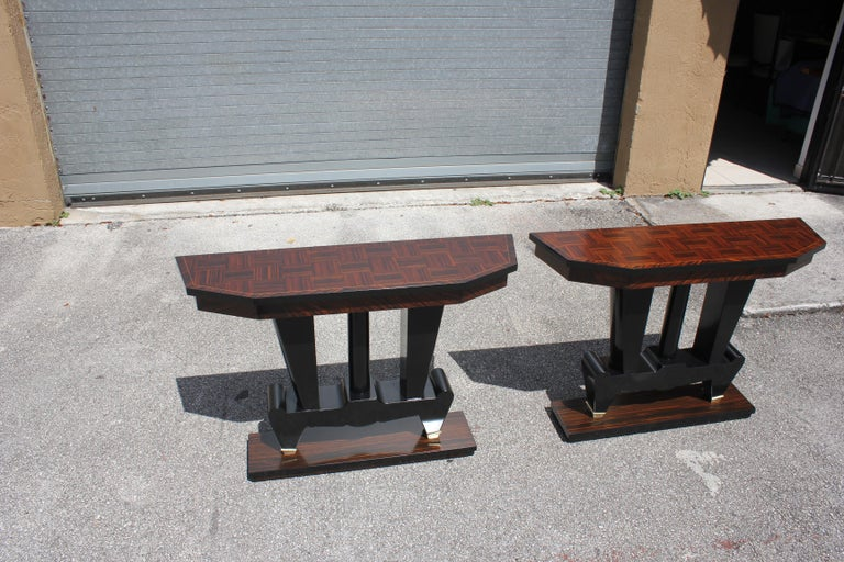 Mid-20th Century Spectacular Pair of French Art Deco Macassar Ebony Console Tables, circa 1940s For Sale