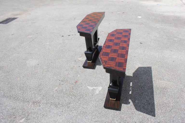 Spectacular Pair of French Art Deco Macassar Ebony Console Tables, circa 1940s For Sale 1