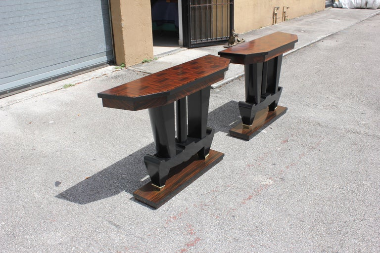 Spectacular Pair of French Art Deco Macassar Ebony Console Tables, circa 1940s For Sale 6