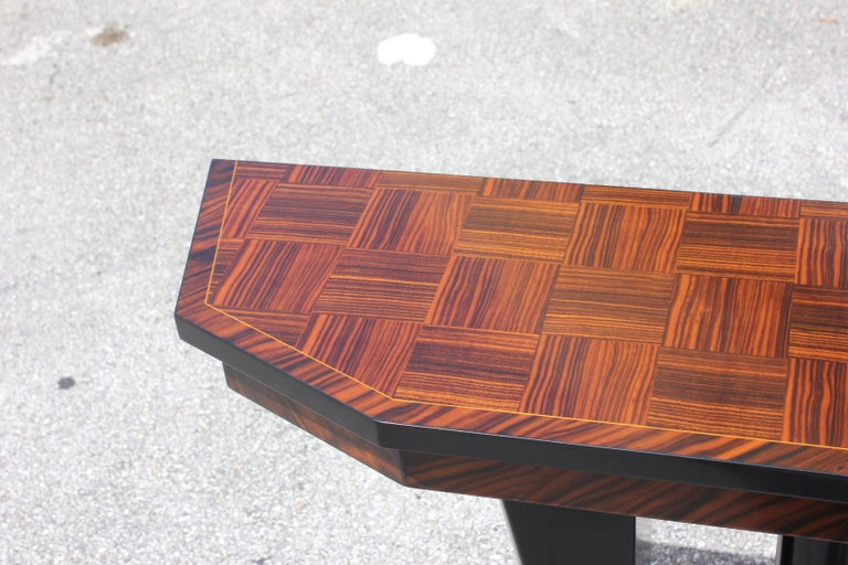 Spectacular Pair of French Art Deco Macassar Ebony Console Tables, circa 1940s For Sale 12
