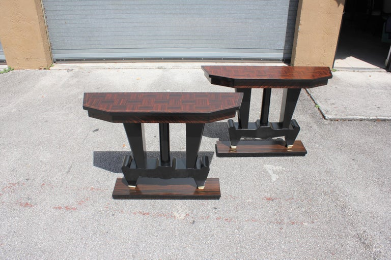 Spectacular Pair of French Art Deco Macassar Ebony Console Tables, circa 1940s For Sale 14