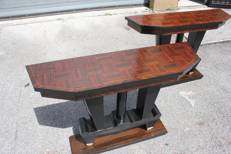 Spectacular Pair of French Art Deco Macassar Ebony Console Tables, circa 1940s For Sale 15