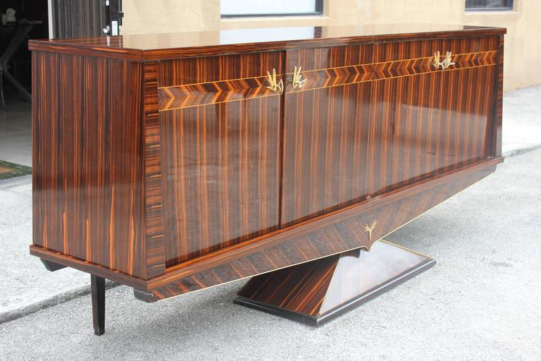 Opulent Designer French Art Deco Exotic Macassar Ebony Sideboard, circa 1940s In Excellent Condition For Sale In Hialeah, FL