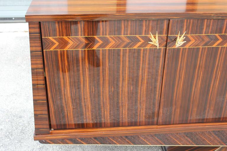 Mid-20th Century Opulent Designer French Art Deco Exotic Macassar Ebony Sideboard, circa 1940s For Sale
